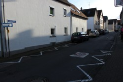 Steht 2017 zur Sanierung an: Die Feldbergstraße in Södel
